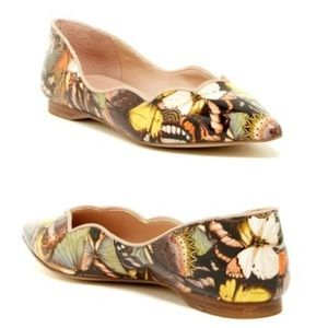 Tahari Emmy Scalloped Butterfly Flats Sz 10